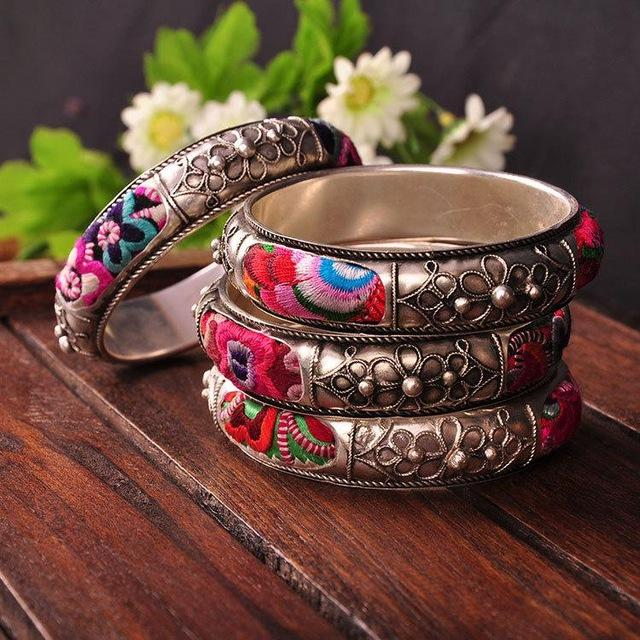 Stylish and Traditional Handmade Miao Silver Bracelet