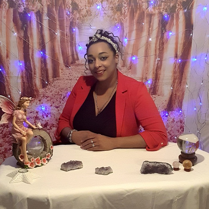 Restaurant Manager leaves her 15 years job to dedicate herself to spirituality
