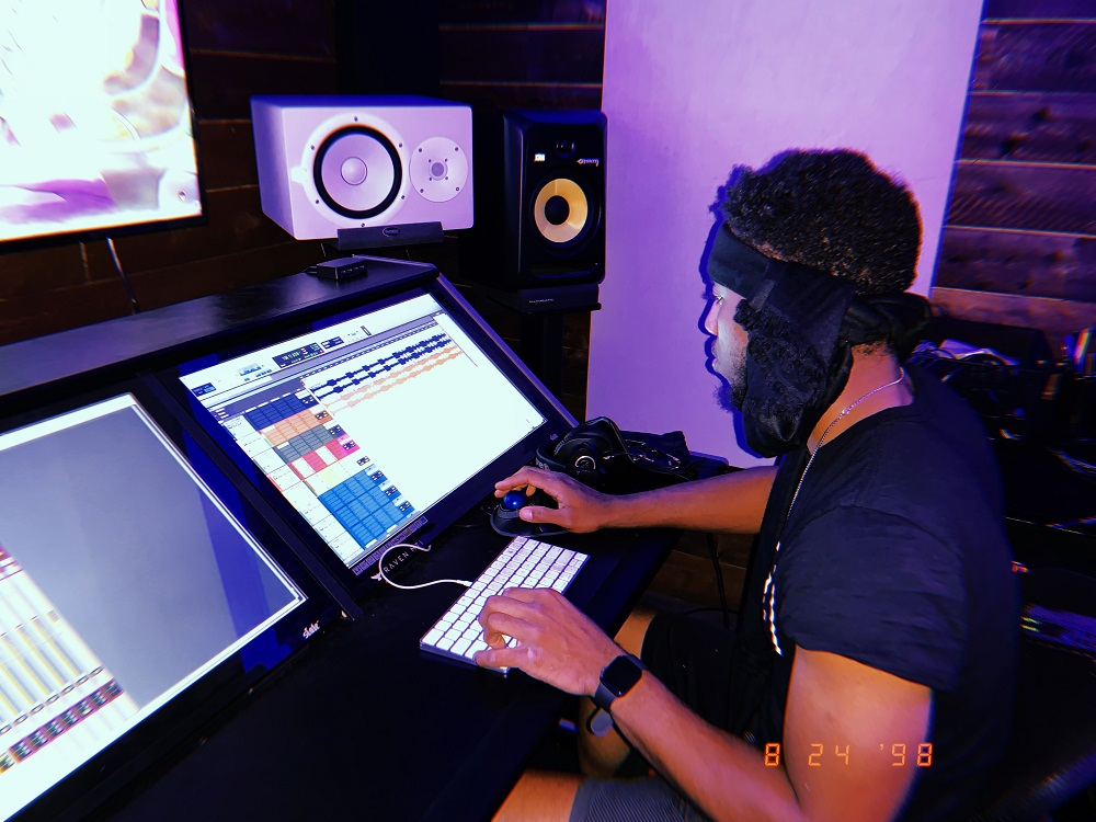 An Exclusive Interview with Music Producer & Mixing Engineer Jameel Miller