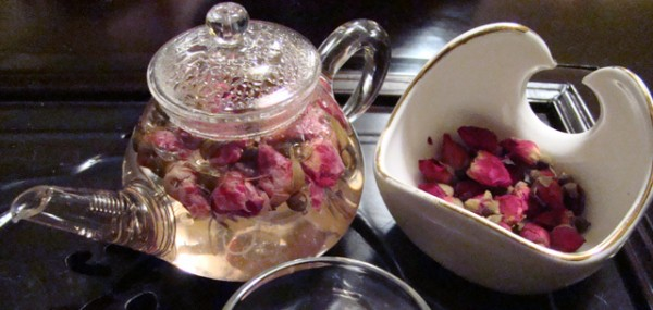 Use Teasenz Rose Buds Tea to keep your skin healthy