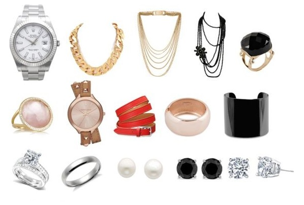 The Jewelry to Include in Your Capsule Wardrobe