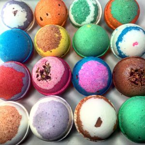 Have A Nice Bathing Experience With Colorful Bath Bombs