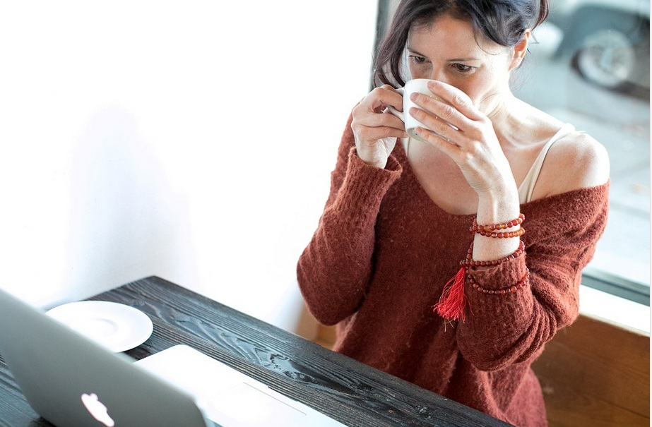 Online Shopping has made life easier for stay home Moms