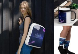 Beautiful, colorful and artistic bags & accessories by Swans paintings Webstore