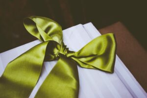 Simple And Sophisticated – 5 Timeless Gift Ideas That Anyone Would Appreciate